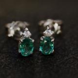 Diamantohrstecker mit Smaragd