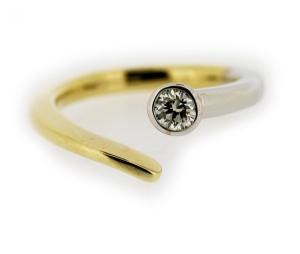 Ring, 585 Weiß/Gelbgold, 0,20ct